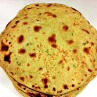 Besan Ki Roti (Gramflour-Chickpea Flatbread)
