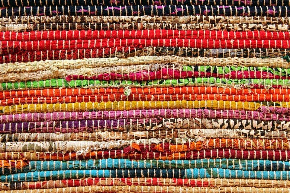 Come lavare un tappeto in casa lavaggio tappeti with come lavare un tappeto in casa come for Ikea tappeti persiani