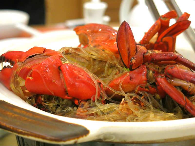 Resort Seafood Genting Highlands Claypot Live Crab with Glass Noodles 1