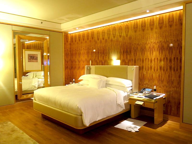he Ritz-Carlton, Millenia Singapore - Marina Bay View