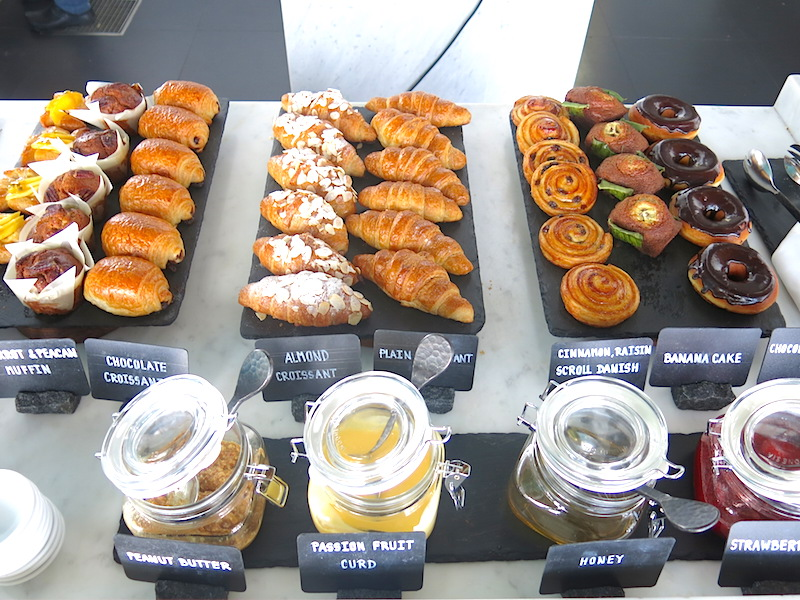 Buffet Pastries