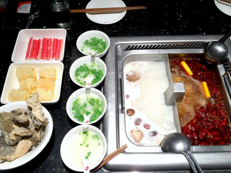 Hai Di Lao Singapore - Chicken Soup in bowls