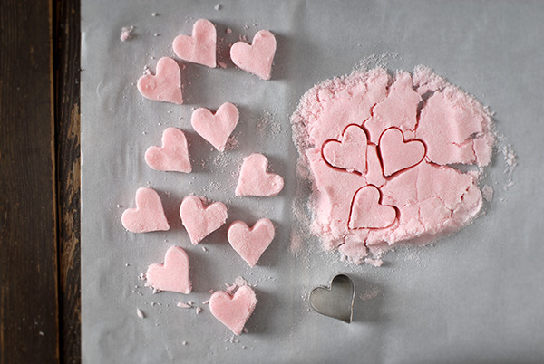Heart sugar cubes
