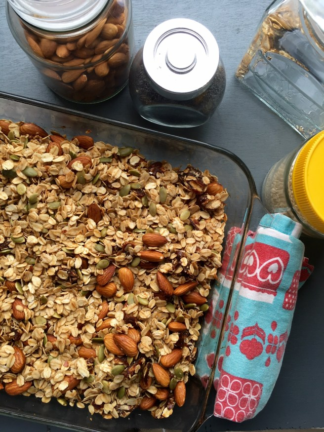home made almond & honey muesli recipe