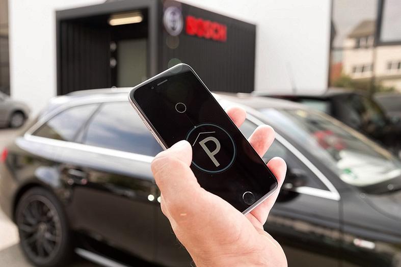 Se estima que cada conductor puede ahorrar hasta 60 horas al año en tiempos de búsqueda de estacionamiento.