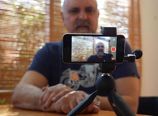 Ivo Burum toma el AVX de Sennheiser en talleres para periodistas