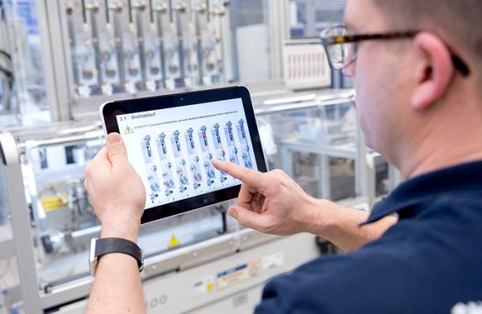¿Cómo la tecnología revoluciona los industria y la vida cotidiana?