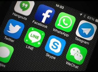 Ariesgado comportamiento de usuarios en redes sociales