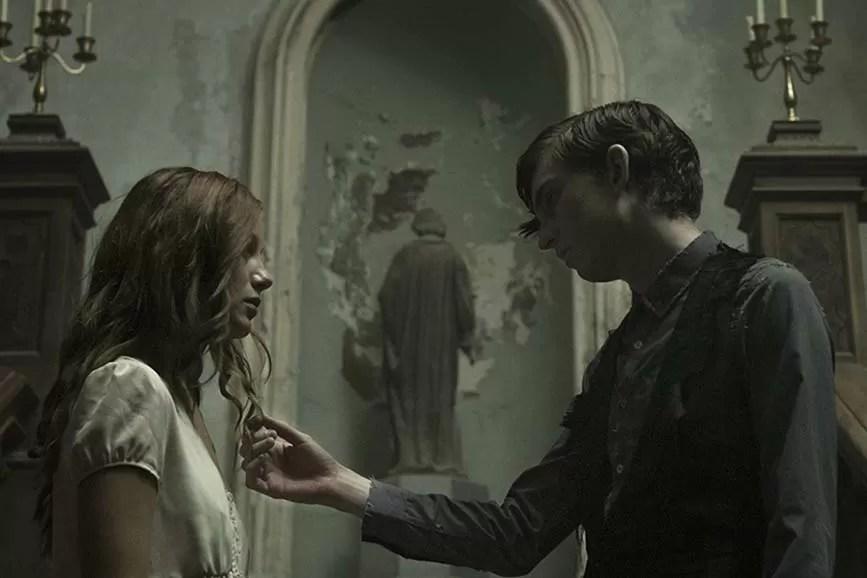 The Lodgers - Non infrangere le regole film horror
