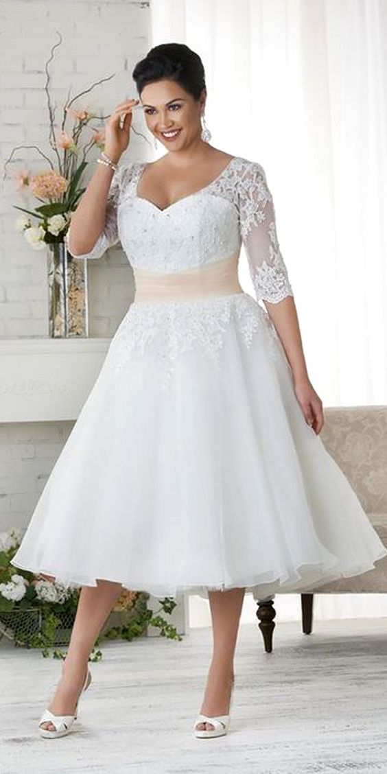 Best Wedding Dresses For Petite Curvy : Gorgeous wedding dresses that are perfect for curvy