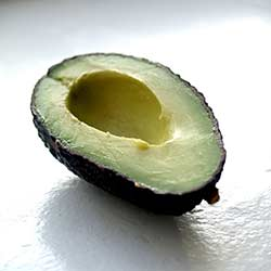 Photo:Cyclonebill, Flickr CC Avocado is one of the superfoods that contain good fat that is crucial for brain health.