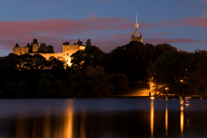 Linlithgow palace at night. This is much better than the all-black photo I took.