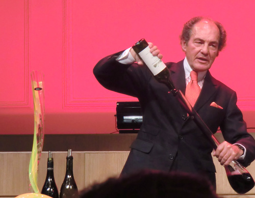 Georg Riedel decanting wine