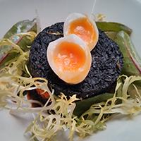 Black pudding on brioche, with quail's egg, at Edinburgh Larder.