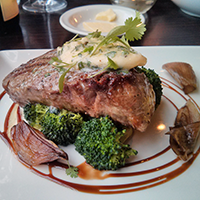 Fillet with horse radish and garlic butter at The Magnum, Edinburgh.