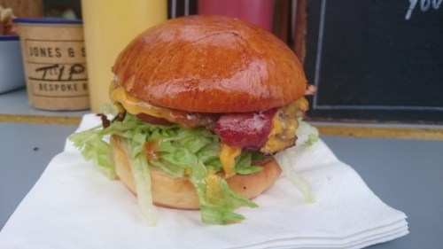 BLT burger with cheese