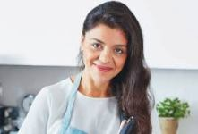New Queen of Eastern cooking, Sabrina Ghayour has Edinburgh Book Festival crowd salivating with talk of her new book Bazaar