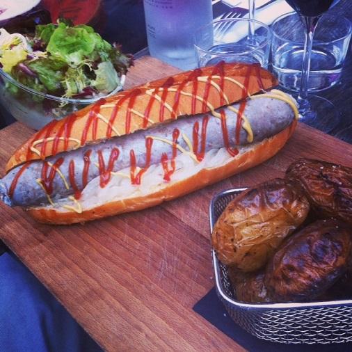 restaurant le pas sage paris bistrot hot dog
