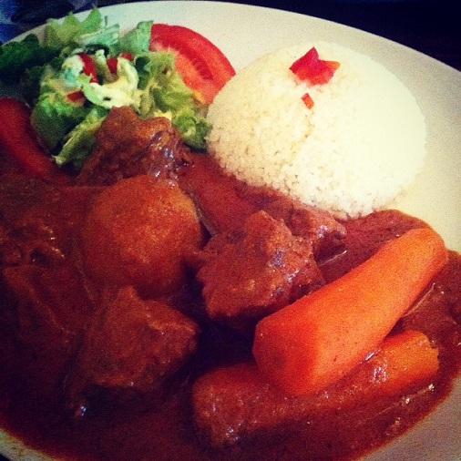 restaurant le stendhal mafé boeuf plat africain