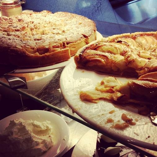 brunch restaurant lafayette hyatt regency paris etoile buffet dessert tartes
