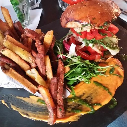 Le comptoir des arts restaurant burger