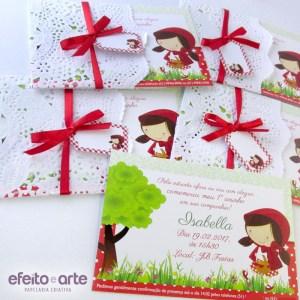 Convite 10x15cm com acabamento doilies e tag personalizada | Chapeuzinho Vermelho