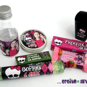 Rótulos para garrafinhas, latinhas, balas de hortelã, bala de goma, moranguete, Freegels e copinho brigadeiro | Monster High