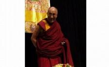 私たちの健全な成長に不可欠なのは両親の心からの愛情。ダライ・ラマ法王講演レポート