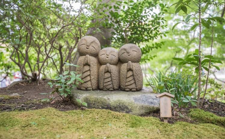 像の多さは日本一、大人気のお地蔵様が得た新たな姿