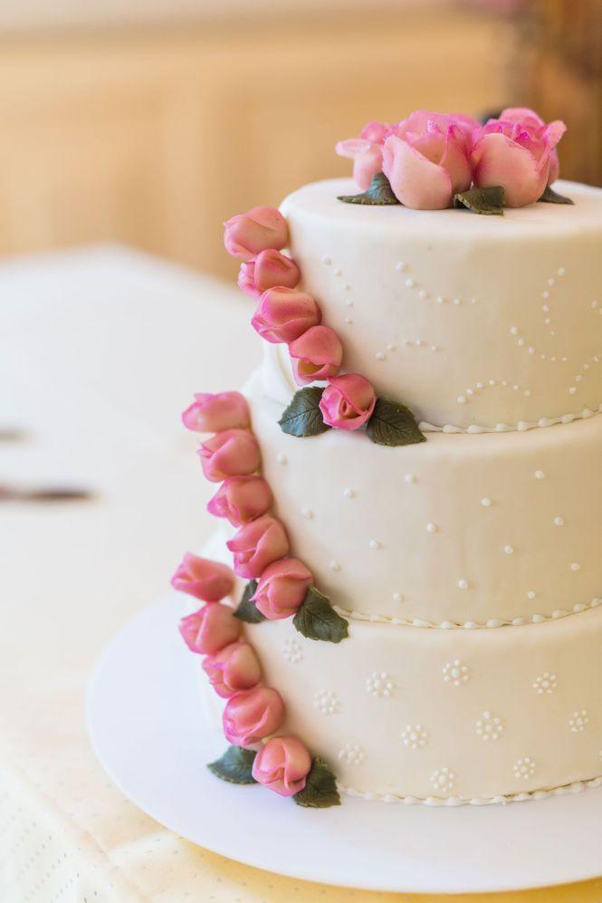 Wedding Decorations - Wedding Cake