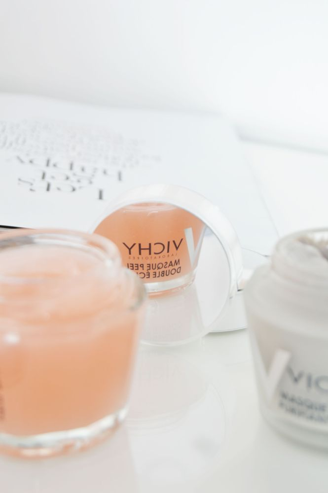 Vichy Mineral Masks combine the supercharged minerals of earth, water and rocks to give brighter and healthier skin. - Double Glow Peel Mask is exfoliating and brightening. Pore purifying clay mask is for controlling the excessive oil and tightening the pores.