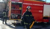 Los bomberos de Ponferrada socorrieron a un matrimonio cacabelense en la noche del miércoles