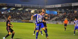 Los blanquiazules quieren repetir victoria en El Toralín (R. Sevillano)