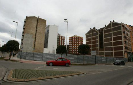 Imagen del solar en el que estuvo ubicado el antiguo cuartel de la Guardia Civil (César Sanchez/Ical)