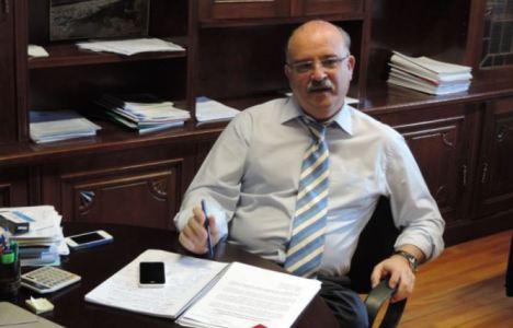 Emilio Cubelos, en su despacho municipal, en el transcurso de una entrevista con EBD