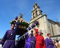 Procesión de la Virgen de la Quinta Angustia de Cacabelos (César Sánchez / Ical)