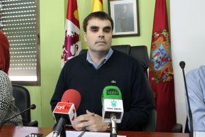 El alcalde de Cacabelos, Sergio Álvarez. (Nairobi Fernández)