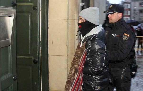 Triana Martínez llega a la Audiencia Provincial de León en una nueva jornada del juicio por la muerte violenta de Isabel Carrasco. (Foto: Peio García / Ical)