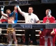 Tito Macías se llevó el cinturón de campeón de Europa tras vencer al turco Uruk