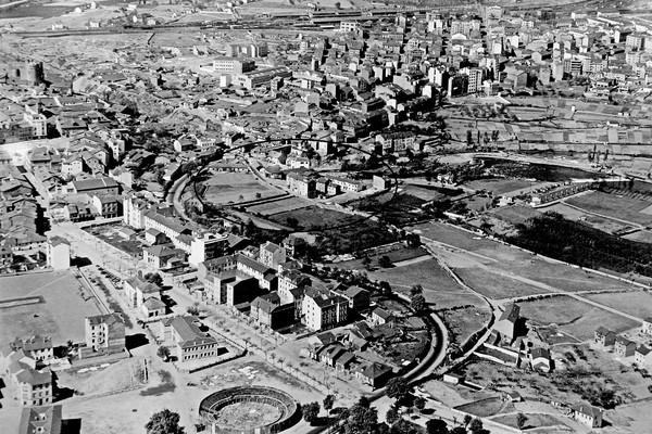 El barrio de los Judíos de Ponferrada, antes de su crecimiento a partir de la segunda mitad del siglo XX (Ical)