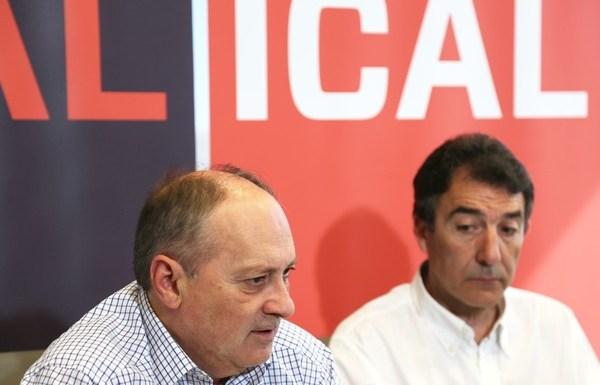 Los secretarios generales de CCOO y UGT, Ángel Hernández y Faustino Temprano, participan en un Desayuno Informativo de la Agencia Ical. (Foto: Margareto)