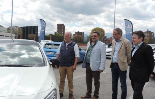 El organizador de la feria y el concejal de Comercio (izqda.) presentaron esta quinta edición del motor