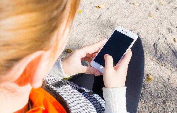 smartphone-982559_1920