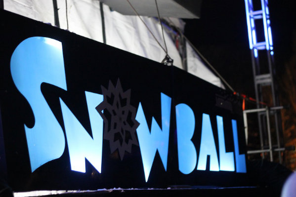 snowball-stage
