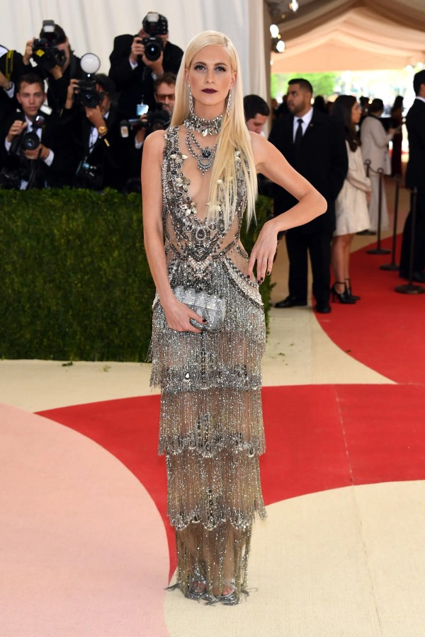 """NEW YORK, NY - MAY 02: Poppy Delevingne attends the """"Manus x Machina: Fashion In An Age Of Technology"""" Costume Institute Gala at Metropolitan Museum of Art on May 2, 2016 in New York City. Larry Busacca/Getty Images/AFP"""