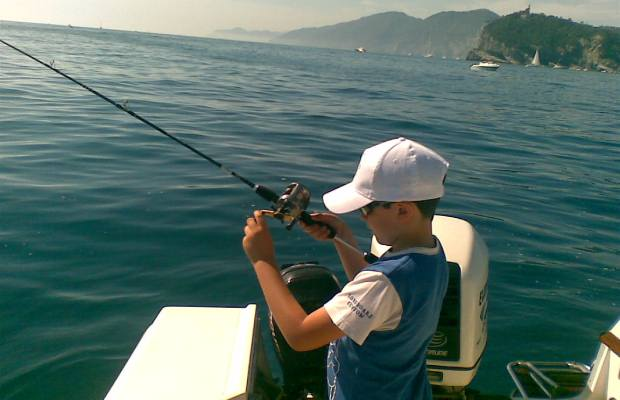bimbo a pesca