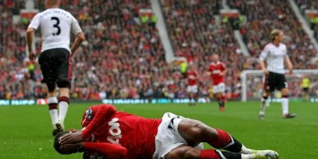Manchester-United-Liverpool-Nani-Premier-League+cropped