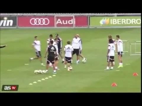 La reconciliación de James Rodríguez y Cristiano Ronaldo (vídeo) http://