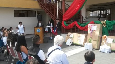 Seremi de Salud deTarapacá Premia trabajos anti tabaco