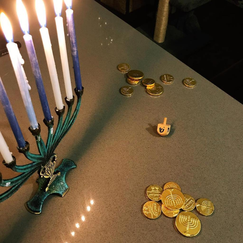 Jewish gambling with Jers rigged dreidel